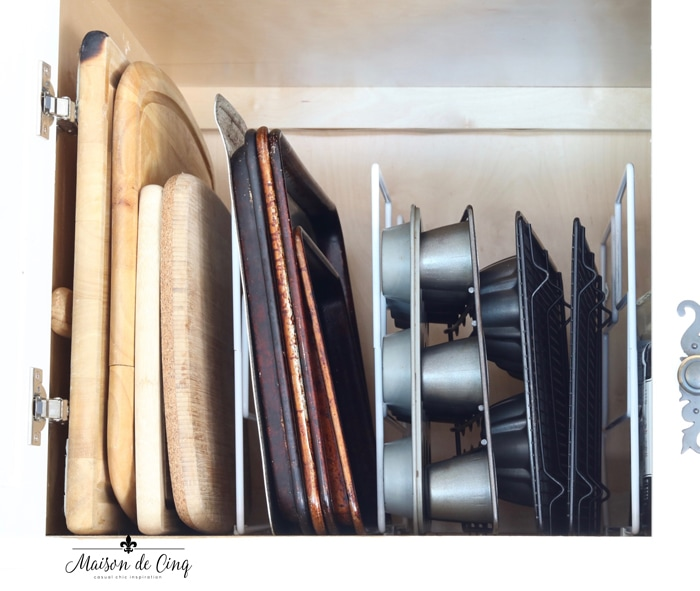 organizing tips use vertical dividers for your baking pans and trays