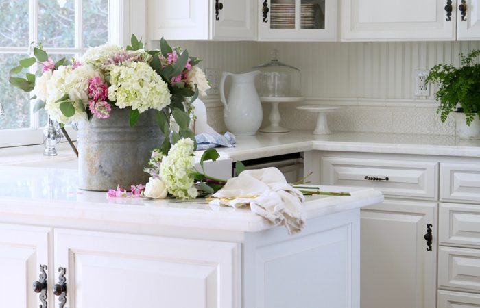 Simple Spring Styling – Vignettes in the Kitchen