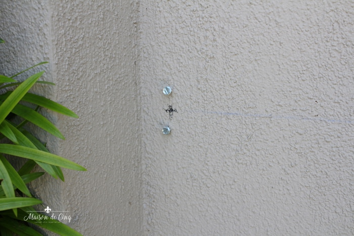 anchor screw in wall