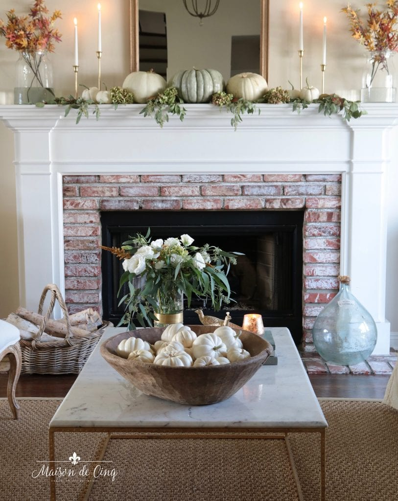 French country living room decorated for fall autumn decor ideas