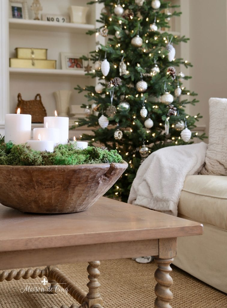 Christmas tree and dough bowl neutral holiday decorating ideas