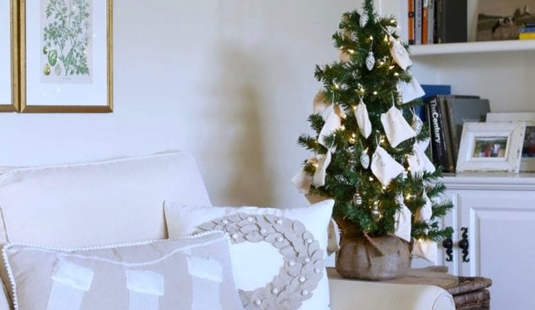 Easy Farmhouse DIY Christmas Tree Advent Calendar