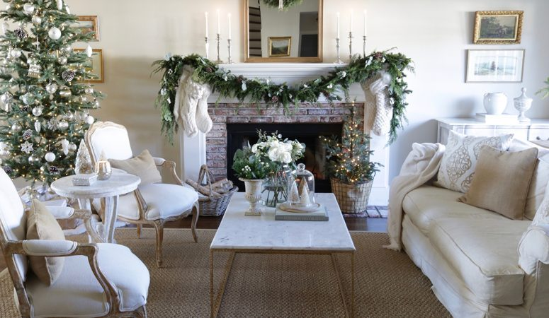 Neutral French Christmas Living Room: Simple Decorating Ideas
