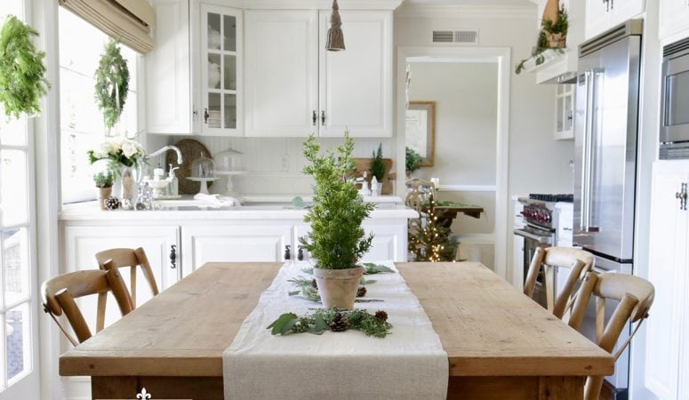 Simple Christmas Decorating: French Holiday Style in the Kitchen
