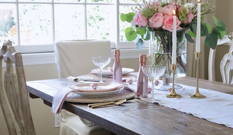Valentine's Day at Home: Romantic Table Setting for Two