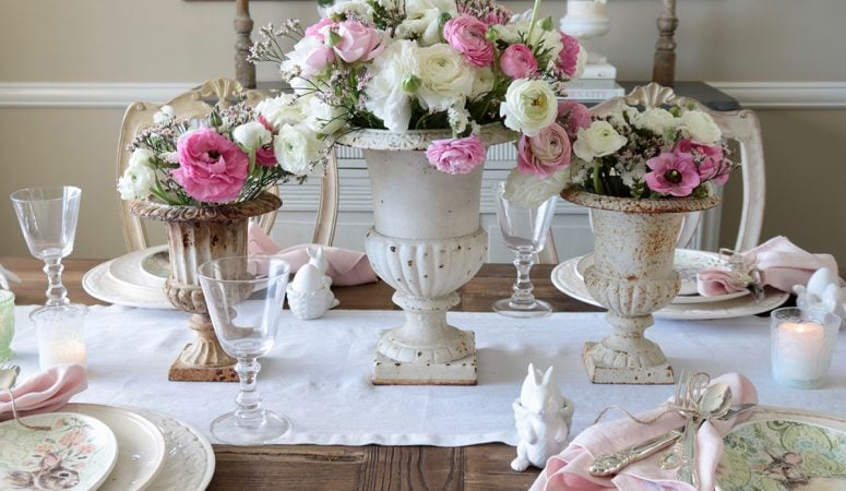 Easter Table Setting Idea: Soft & Pretty Easter Tablescape