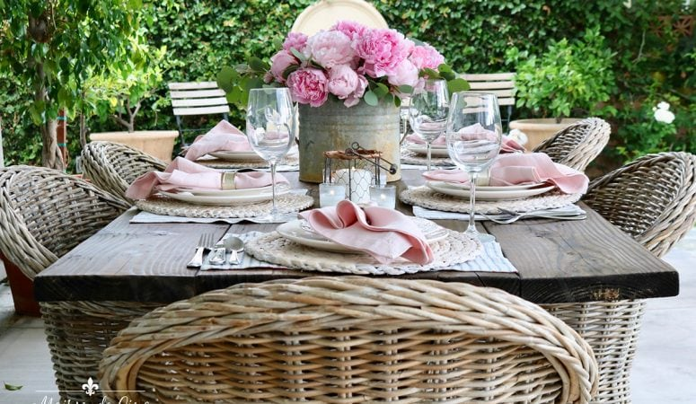 Spring Table Decor: Casual Outdoor Table with Pink Peonies